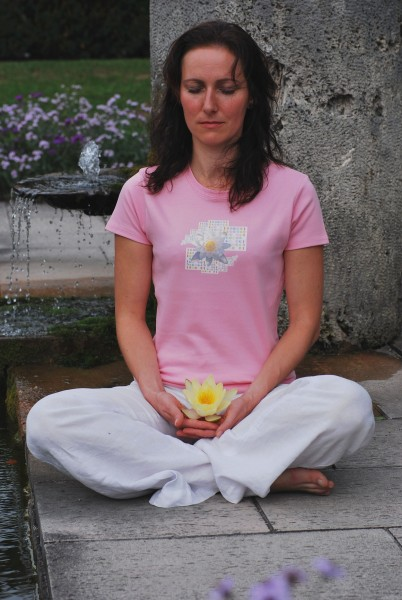"""T-Shirt """"Lotus"""""""